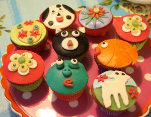 cupcakes 2 300x233 - Cupcakes